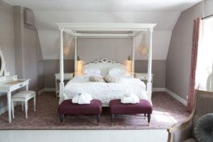 Vackert hotellrum på Båsenberga Hotell