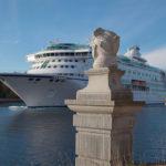Titta på båtarna från Fredriksborg Hotell