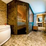 Ett av Gimo Herrgårds badrum