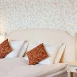 Hotellsäng på Möckelsnäs herrgård