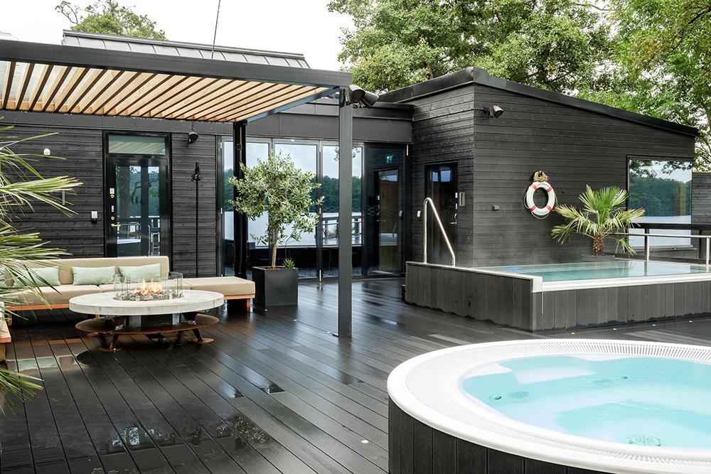 Njut i utomhuspooler på Nääs Fabriker Hotell & Restaurang
