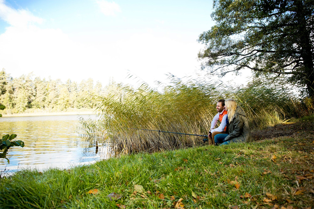 Fiske vid sjön nära Toftaholm Herrgård