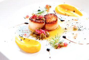 Boka ett gourmépaket på er nästa weekendresa